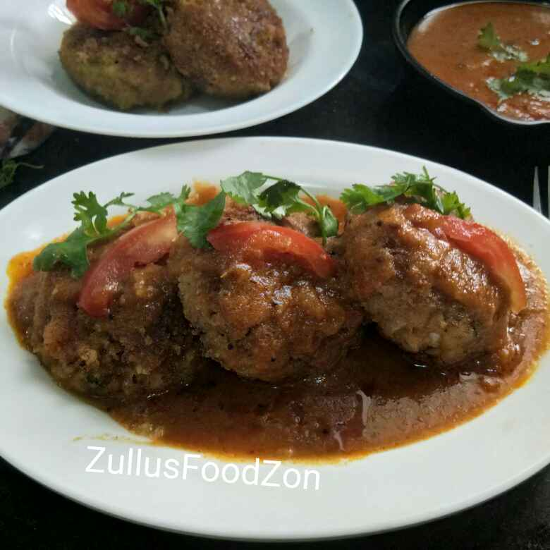 Photo of Mungdal khichadi kofta curry stuffed with paneer shimla mirch subzi by Zulekha Bose at BetterButter