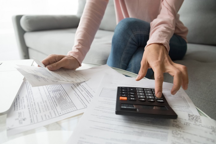 Improve Credit score by Applying Loans Online