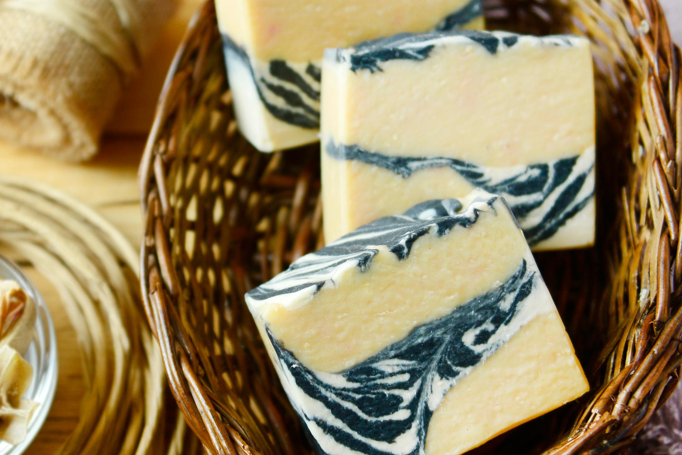 Panee   papaya soap   01