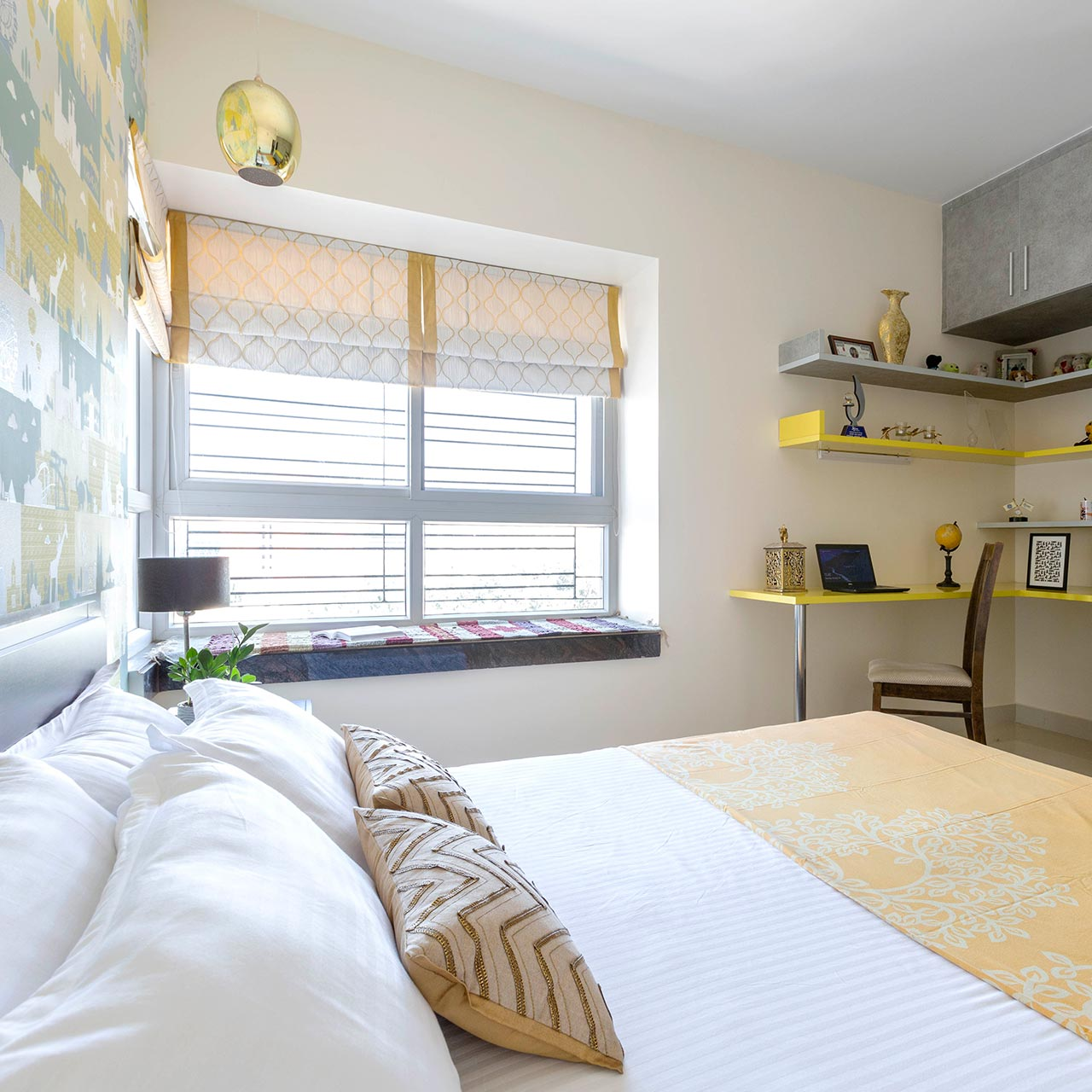 5 Ideas To Make More Space In Small Bedroom
