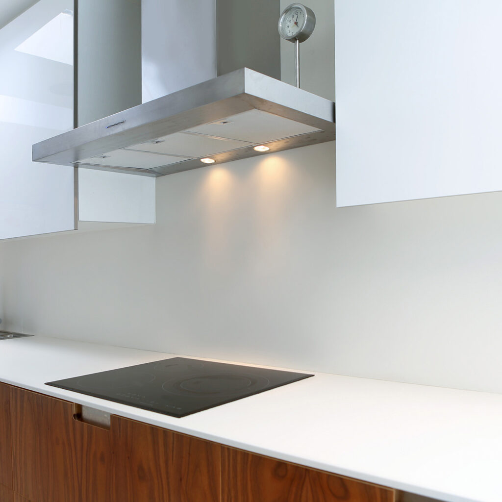 Laminate Countertops Is Another Type Of Kitchen Countertops, It Comes In Retro, Ubiquitous And Bright Saturated Colours.