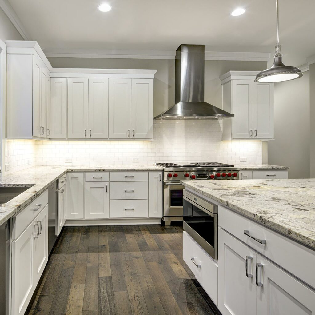 Granite Countertops And Quartz Countertops Are Same, White And Black Granite Kitchen Countertops Gives Modern Looks