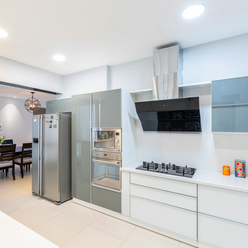 Modular Elements do Well in Small Kitchens