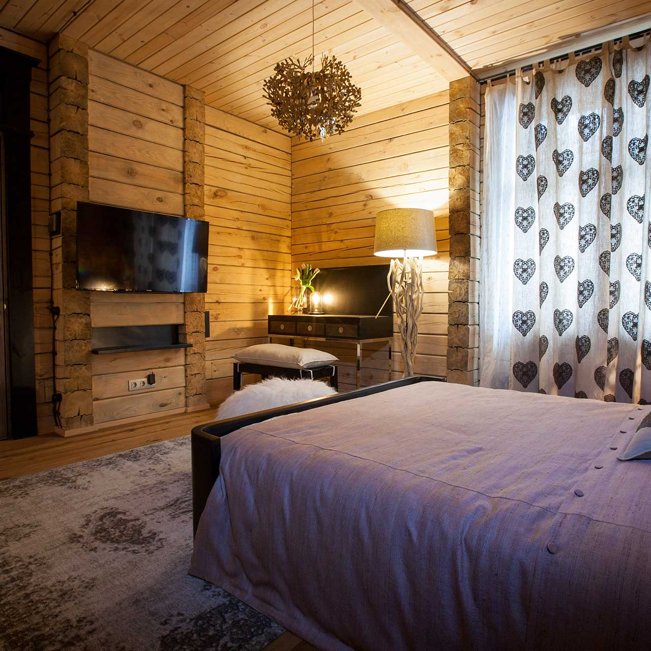 rustic style bedroom decor with sentimental highlights