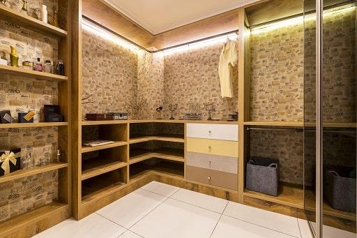 Walkin Wardrobe Designs with Modular Interiors at Design Cafe Bangalore Experience Centre / Design Studio Store.