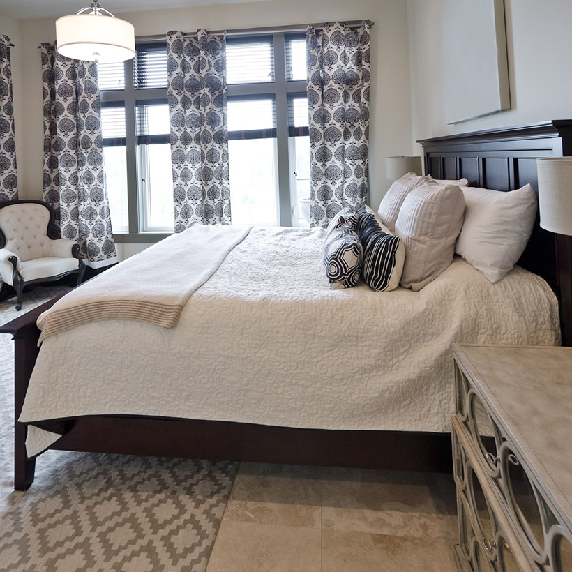 Master bedroom for your home with a big hard wood bed in master bedroom interior design ideas