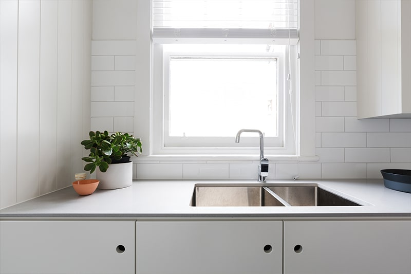 Kitchen sink designs and kitchen sink sizes available in india