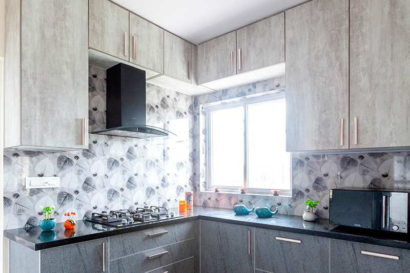 Modern kitchen wallpaper designs with beautiful floral patterns with feathers printed on it as a country kitchen wallpaper
