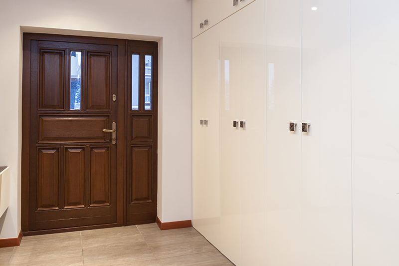 Vastu for flats entrance where you install bright lights on your main door to invite happiness for main door vastu