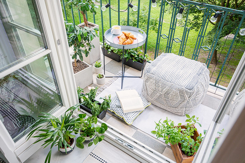 Balcony decor items for your home where seating arrangements do not always have to be about tables and chairs with open balcony decoration ideas