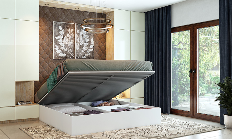 Hydraulic beds have lift-up mechanism and storage beneath for small bedrooms.