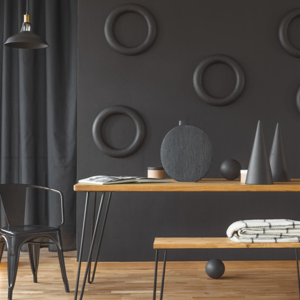 Dining table design which is convenient as a quick arrangement