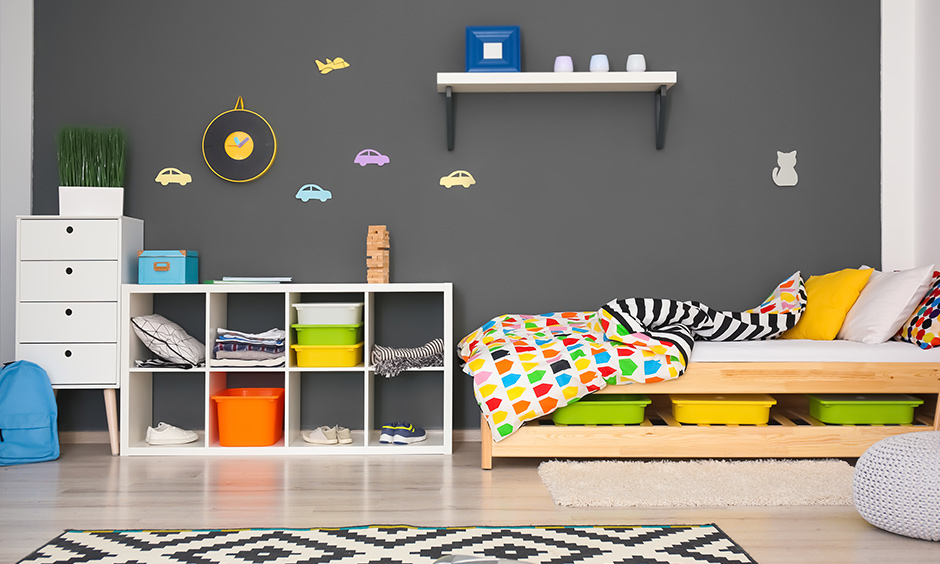 Grey color bedroom ideas just grey looks dull add a slight pop of colour here and there to make it bright