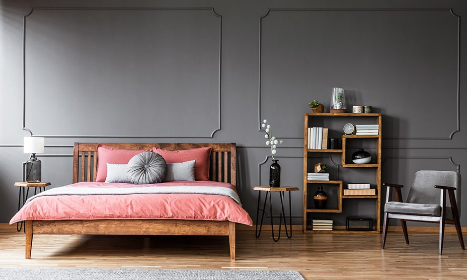 Bookshelf decor ideas for bedroom with an open sideboard cum bookshelf