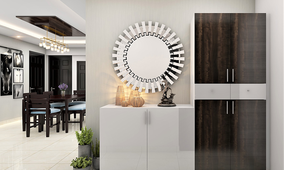 Gear-shaped wall mirror design looks visually striking and drastically opens up transitional spaces in your home.
