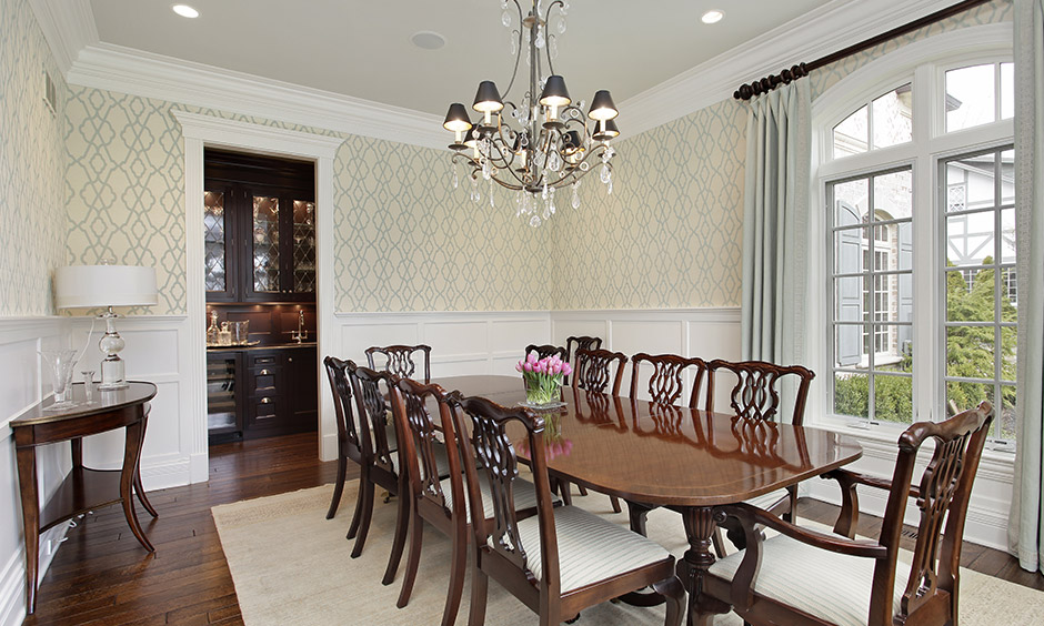 Chandelier lighting for dining room and rustic style lighting comes together