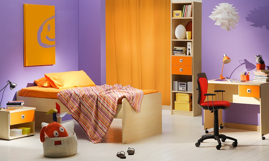 Childrens bedroom colours combination with purple and orange create a magnificent look in kids bedroom