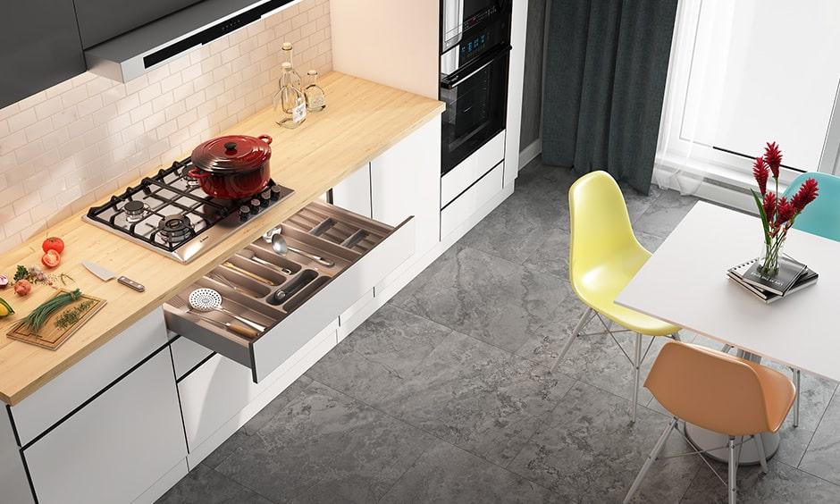 Hardwood vs tile - which one is better for kitchen flooring