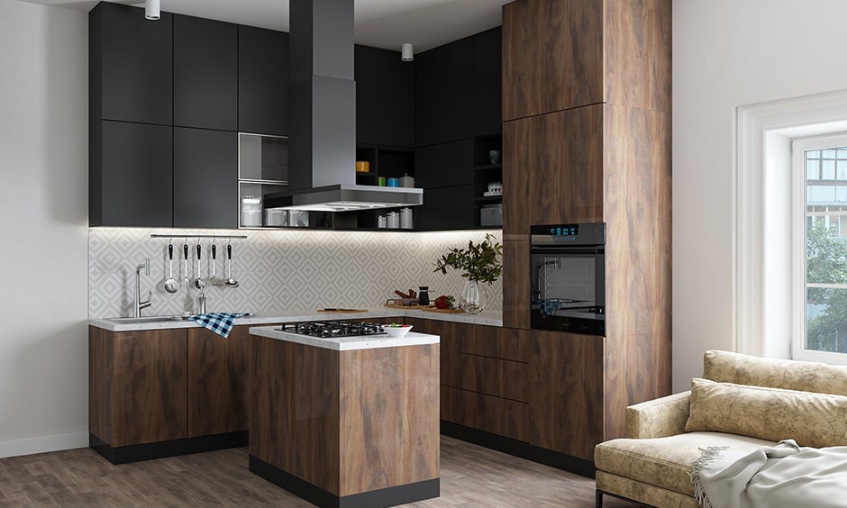 Island counters are best suited for large kitchens
