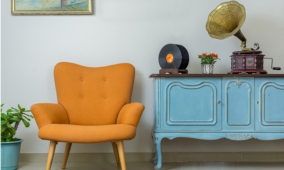 Bold colour antique furniture, table & chair brings a vintage modern interior twist for your home.