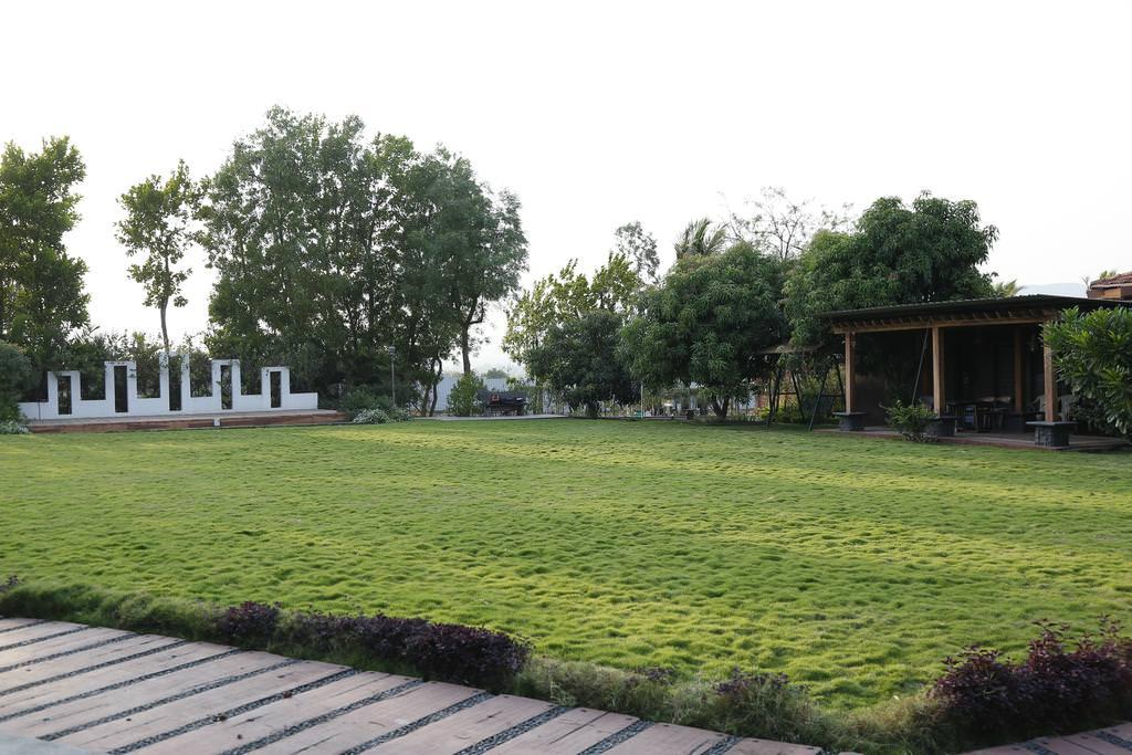 Farm House Land for Sale on Sikar Road Jaipur