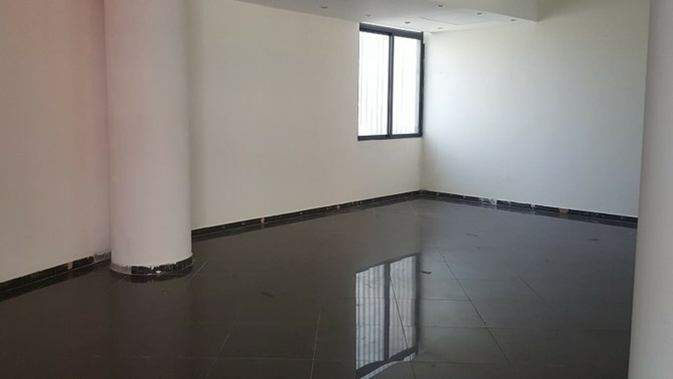 Prime Location Office Space for Sale in C-Scheme Jaipur – 865 sq ft