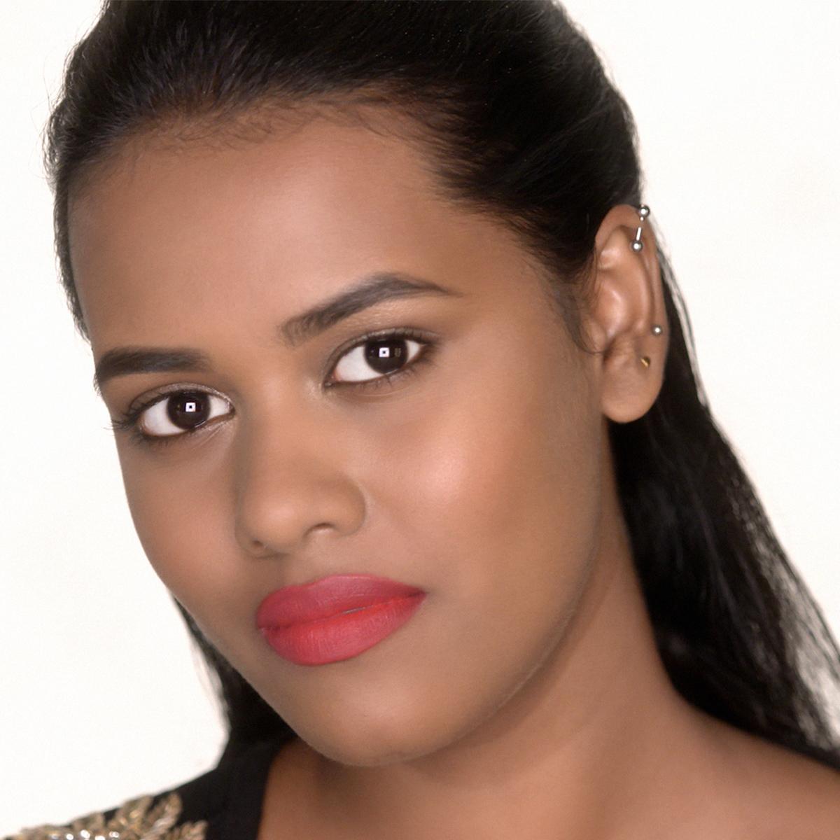 Matte Lipstick Makeup Look