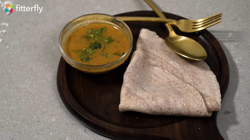 Ragi Dosa With Coconut Chutney & Sambhar