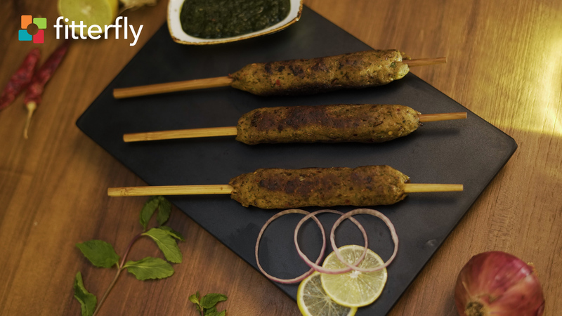Chicken Seekh Kebab With Green Chutney