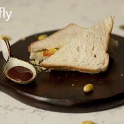 Cheesy Corn Carrot Sandwich