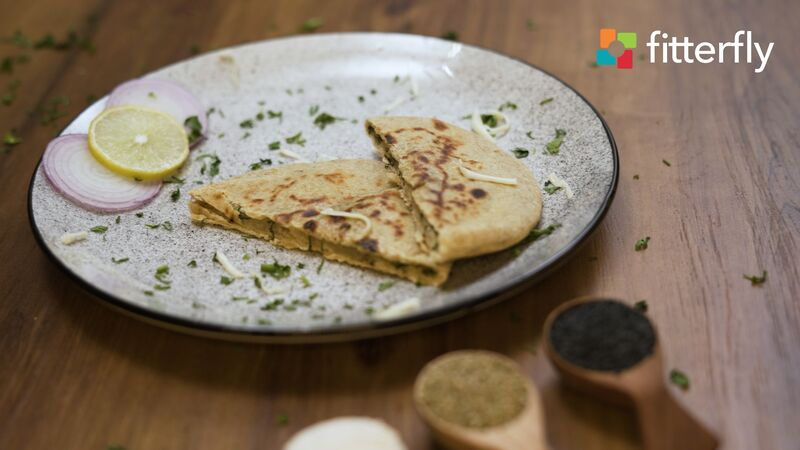 Cheese Naan With Butter