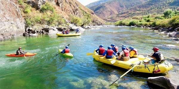 Bhutan-river-rafting-1