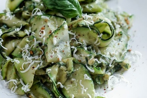 Zucchini Walnut Pesto (Homeamde)