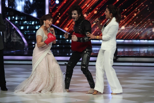 Madhuri Dixit, Priyanka Chopra and Karan Tacker