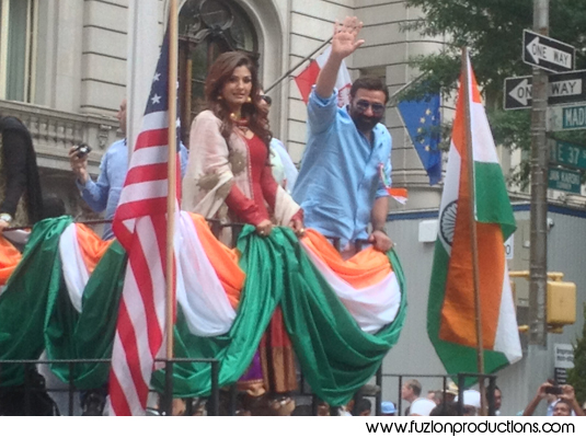 Sunny Deol, Raveena Tandon, Anoop Soni And Manav Gohil At New York For India Day Parade – In Pics