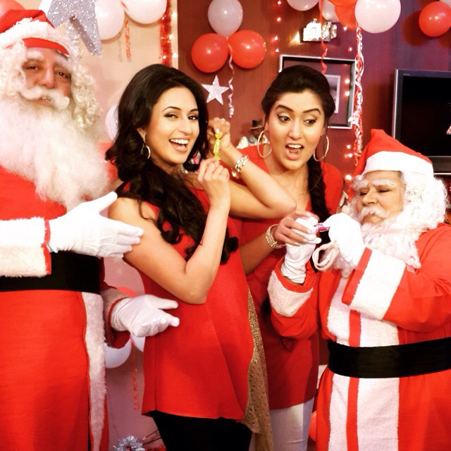 Ye Hai Mohabbatein : Christmas Celebration On The Sets ...