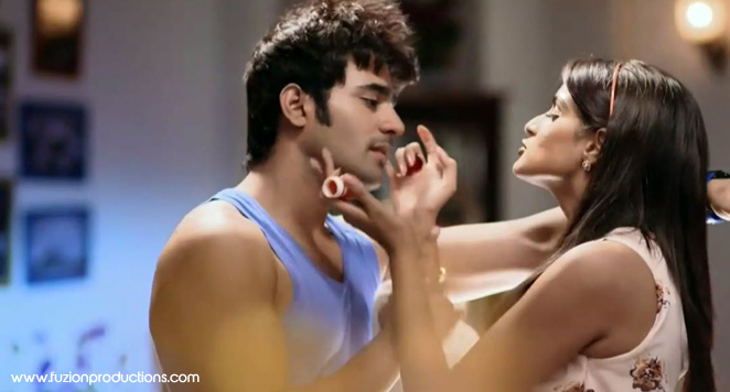 Asmita Sood and Pear V Puari as Meher and Abeer from Badtameez Dil