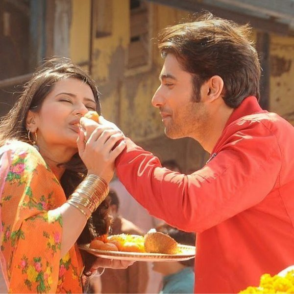 REVIEW : Kasam Tere Pyaar Ki - Another Fairy Tale Love Story