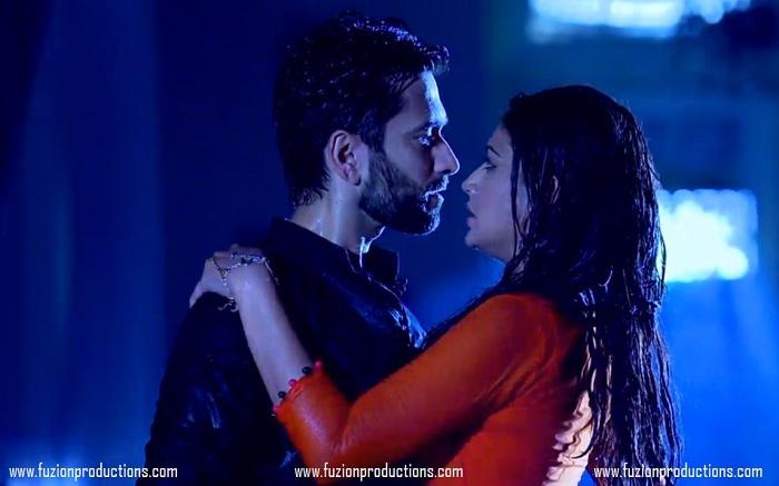 Nakuul Mehta And Surbhi Chandna As Shivaay And Anika In Ishqbaaz