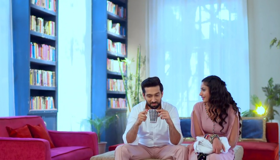Ishqbaaz : Gist Of The 250th Episode - If Hero And Heroine Are