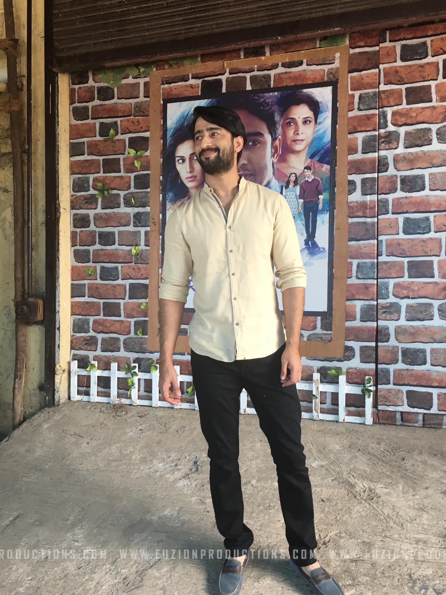 Shaheer Sheikh On The Sets Of Kuch Rang Pyar Ke Aise Bhi