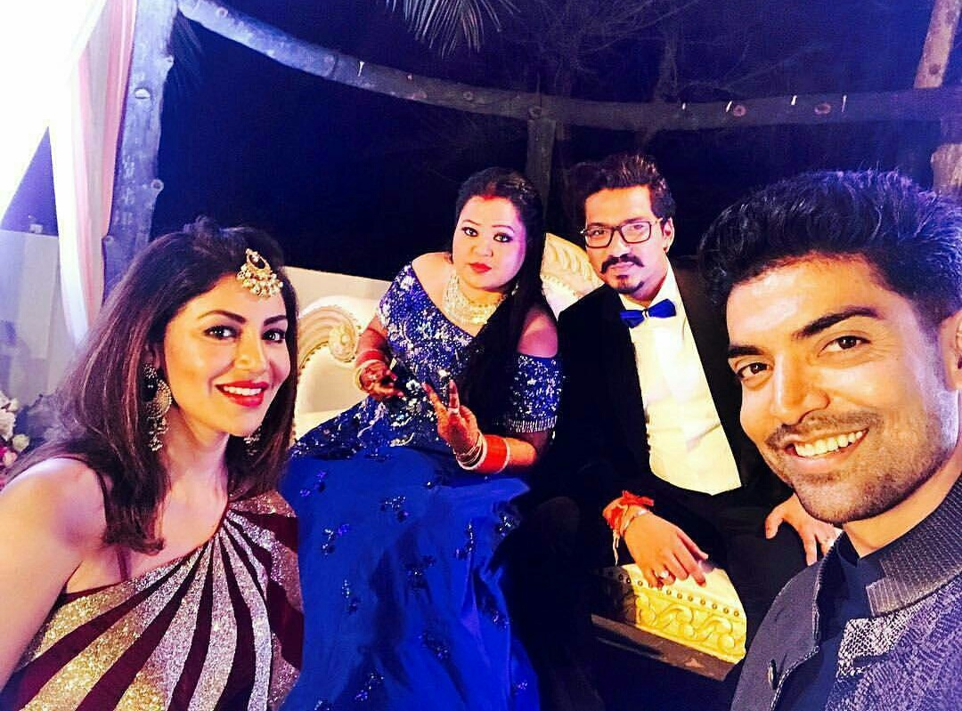 Gurmeet Choudhay And Debina Bonnerjee With Bharti Singh And Haarsh Limbachiyaa