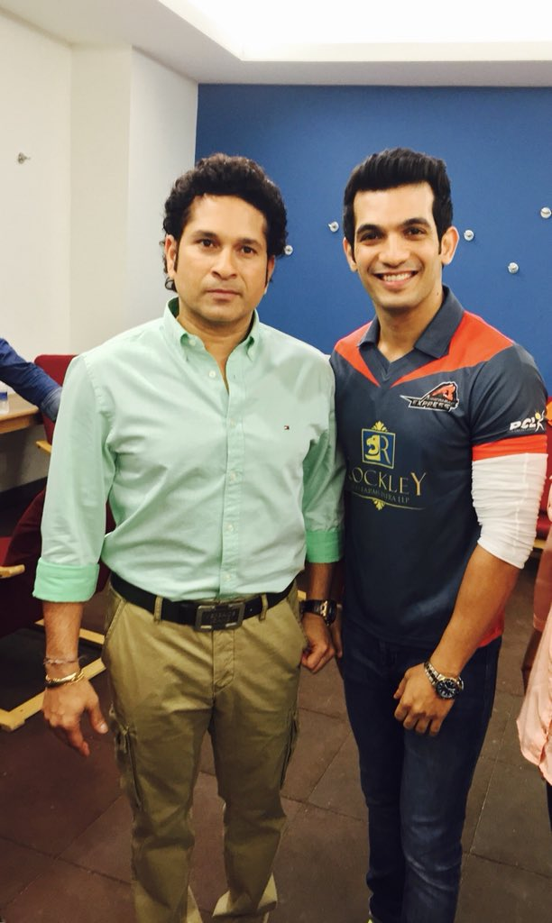 Arjun Bijlani With Sachin Tendulkar