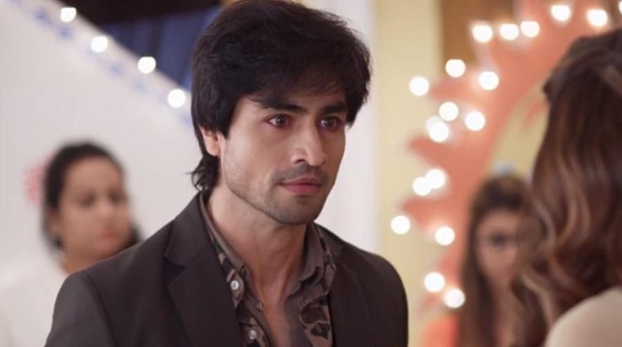 Harshad Chopda As Aditya From Bepannaah
