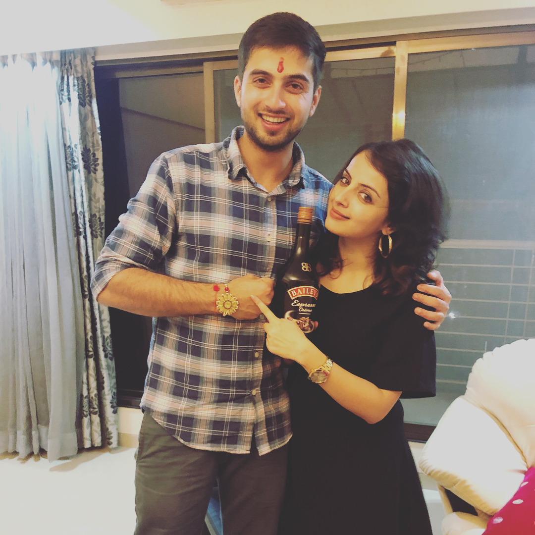 Shrenu Parikh With Her Brother Shubham Parikh