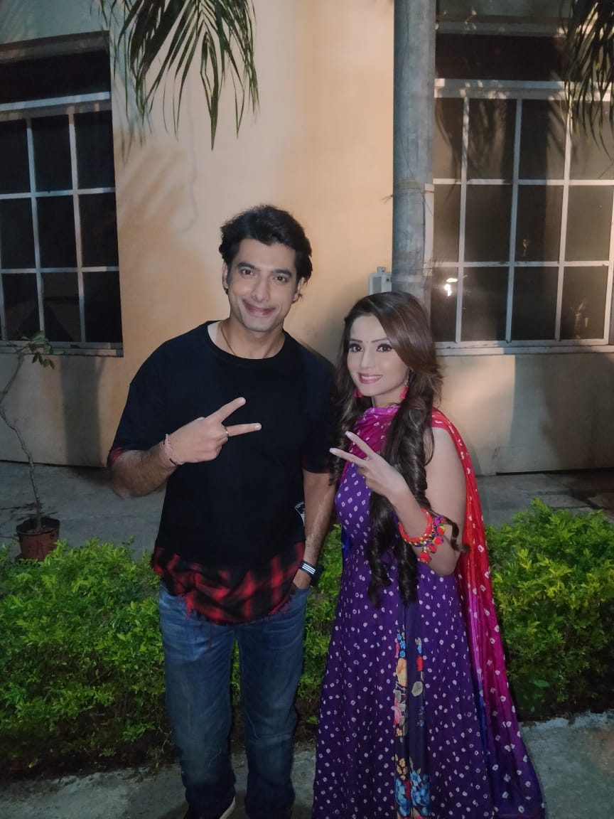 Ssharad Malhotra And Adaa Khan