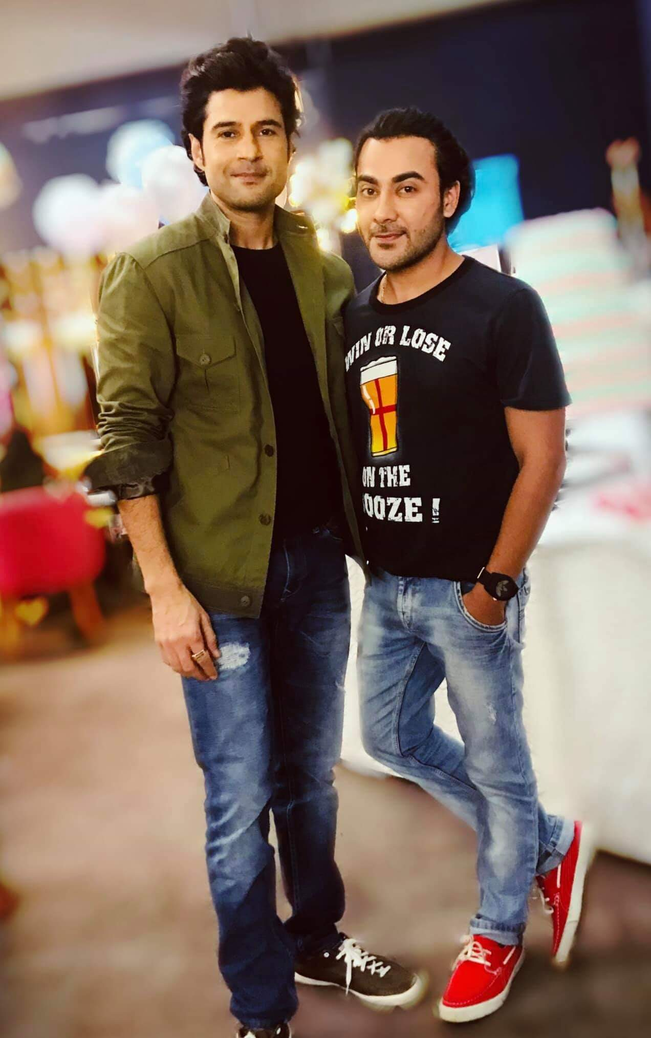Worshipp Khanna With Rajeev Khandelwal