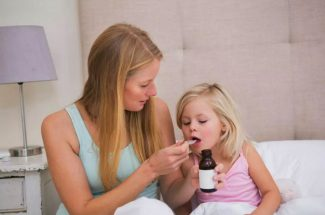 precaution-when-giving-medicine-to-kids