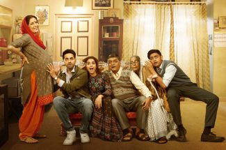 film-review-and-story-badhaai-ho