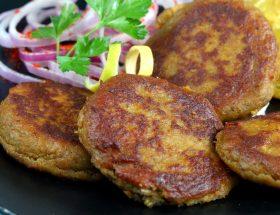 शाम के नाश्ते में बनाएं शाही कबाब